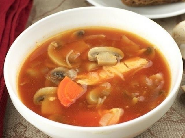 Суп из грибов с помидорами