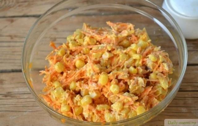 Салат с курицей морковью по-корейски кукурузой 3