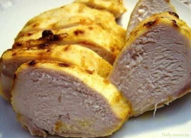 Блюдо с куриной печенью и кабачками
