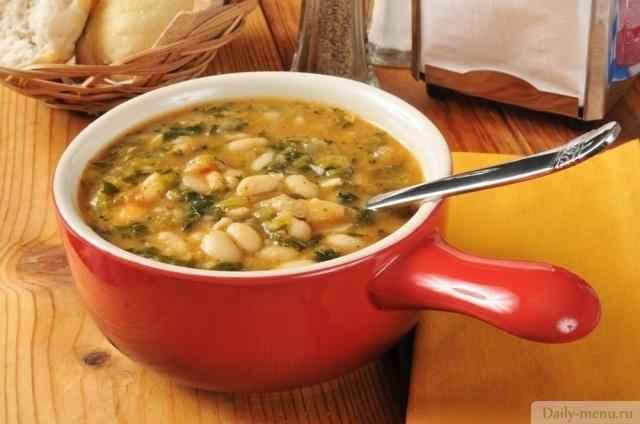 суп фасолевый с грибами